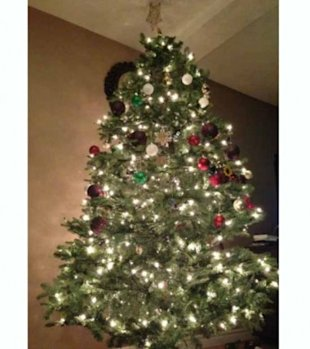 5 Ways to Childproof Your Christmas Tree