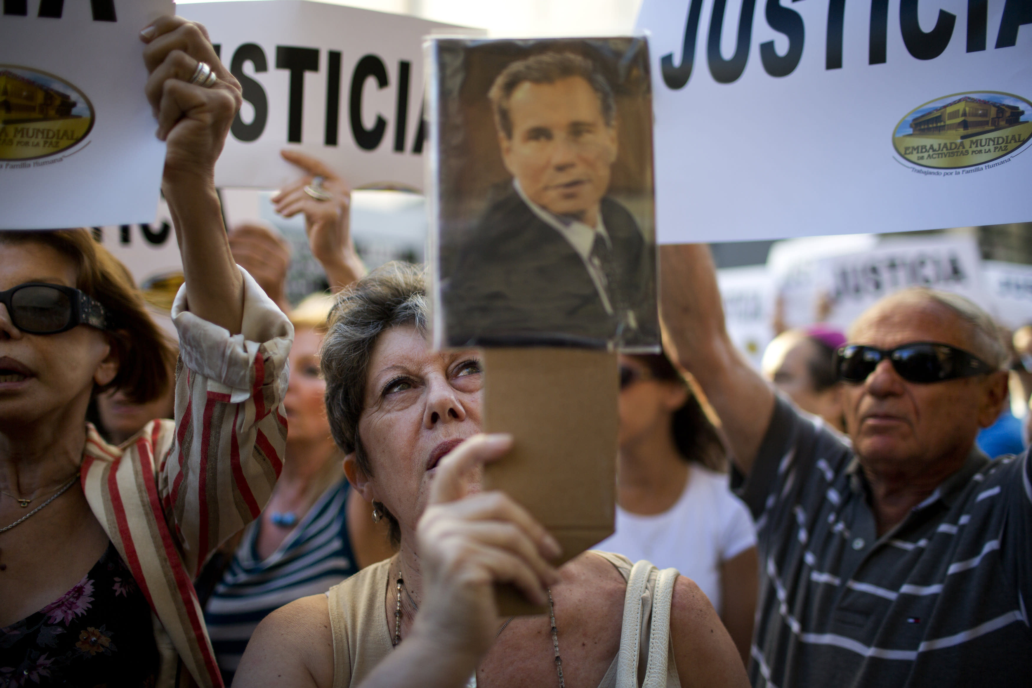Argentine prosecutor rejects case against president