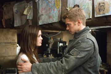 Rachel Bilson and Hayden Christensen in 20th Century Fox's Jumper