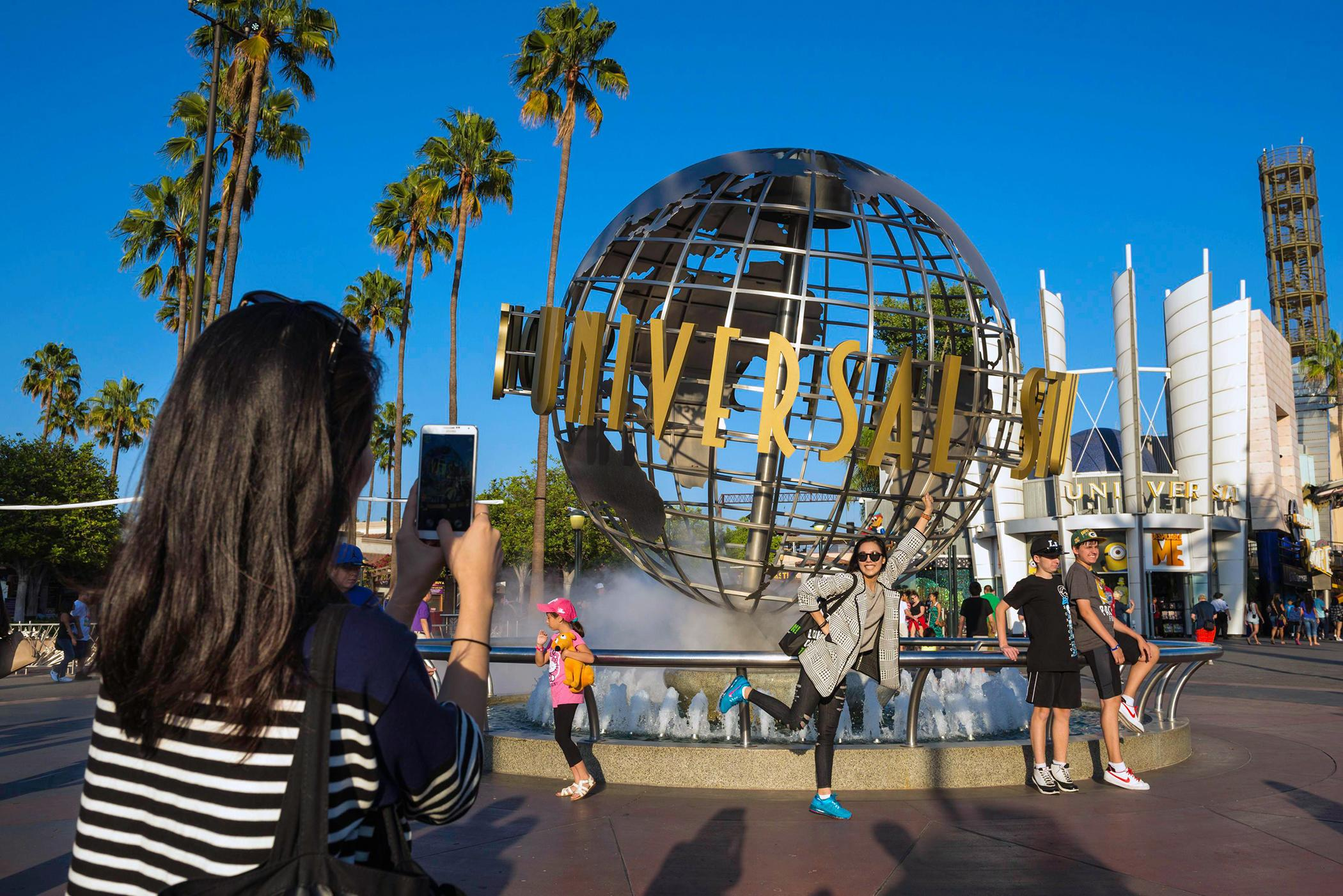 Bringing Your Family to Orlando's Theme Parks for a Day Will Now Cost Over $600