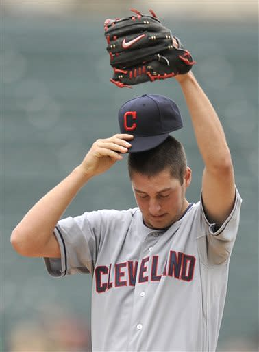 Swisher homer lifts Indians past White Sox, 9-8