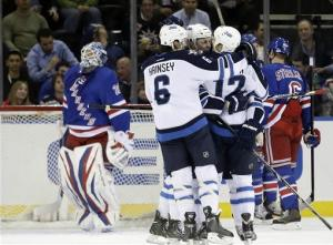 Kane, Jokinen score 2 each in Jets win over NYR