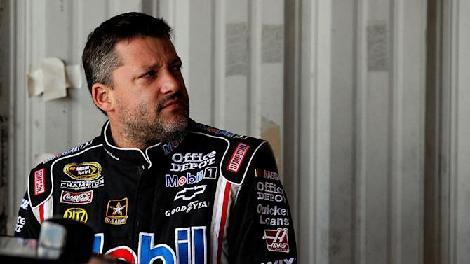 Reaction: Drivers chime in on Tony Stewart wreck