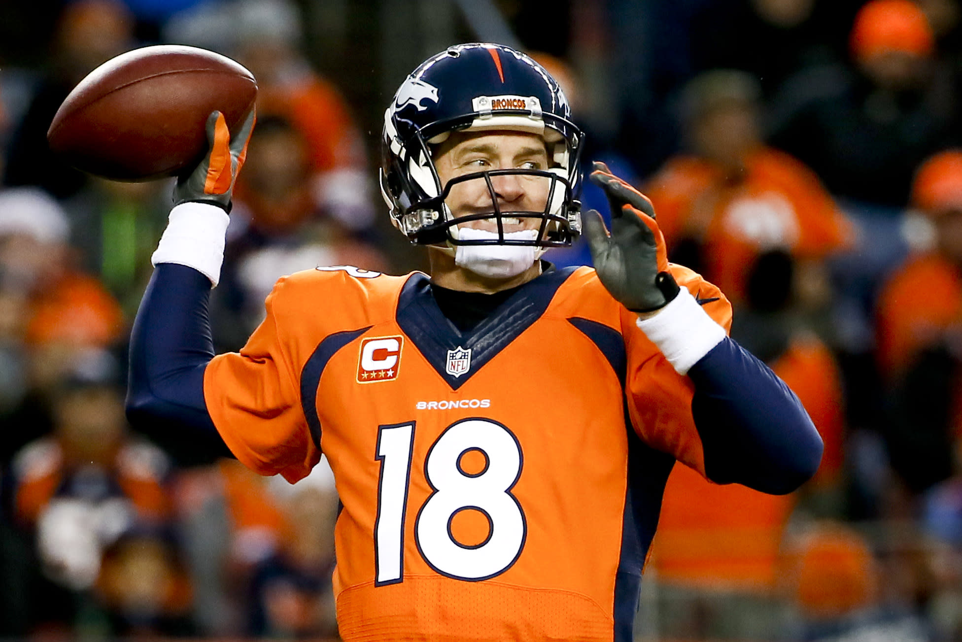AP source: Manning, Broncos talking about reworking contract