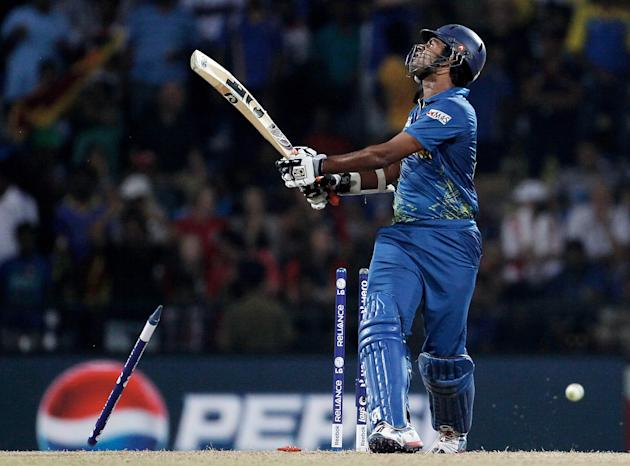 Sri Lanka v England - ICC World Twenty20 2012: Super Eights Group 1