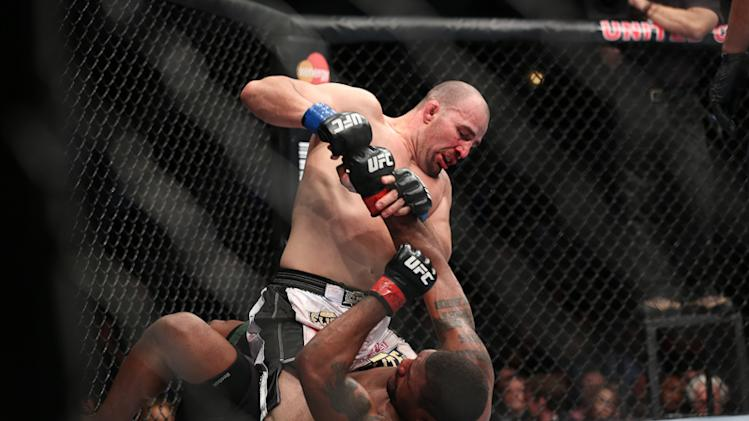 Glover Teixeira Not Worried About Being No. 1 or Fighting for the UFC Belt Just Yet