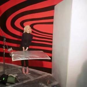 EXCLUSIVE: Behind-the-Scenes of Gwen Stefani's New Live Music Video!