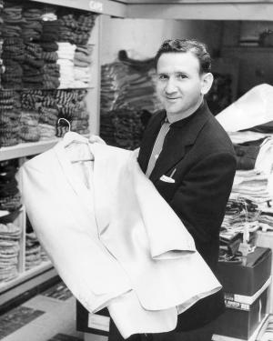 Clothier who dressed Elvis Presley dies in Tenn.
