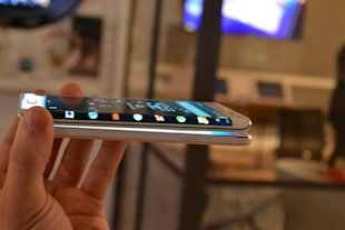Business Insider/Lisa Eadicicco The Galaxy Note Edge Samsung has been showing off its flexible display technology for years, but now we're actually ...