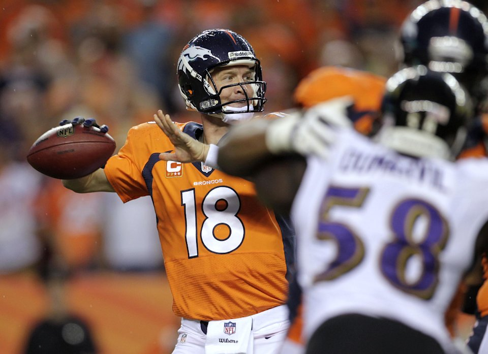Manning puts Broncos on his broad shoulders