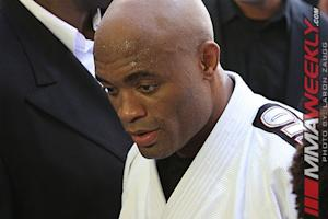 Anderson Silva's Manager Believes the Former UFC Champ Will Return from Broken Leg
