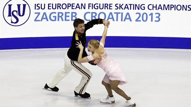 Russia's Ekaterina Bobrova and Dmitri Soloviev perform during the ice dance short dance program at the European Figure Skating Championships in Zagreb January 23, 2013 (Reuters)