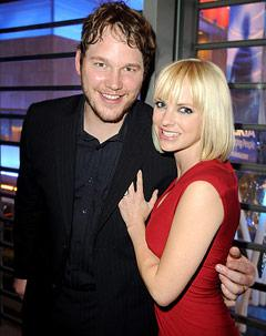 "Chris Pratt: Wife Anna Faris Is ""Trying to Fatten Me Up!"""