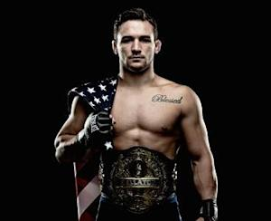 Bellator Signs Lightweight Champ Michael Chandler to Eight-Fight Contract Extension