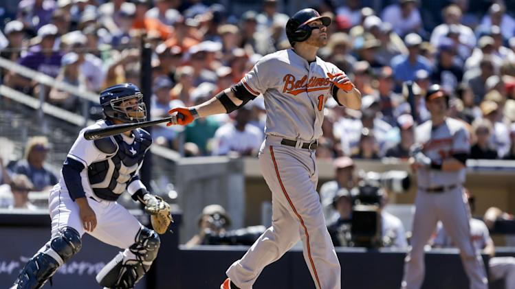 Davis powers Orioles to 10-3 victory at San Diego