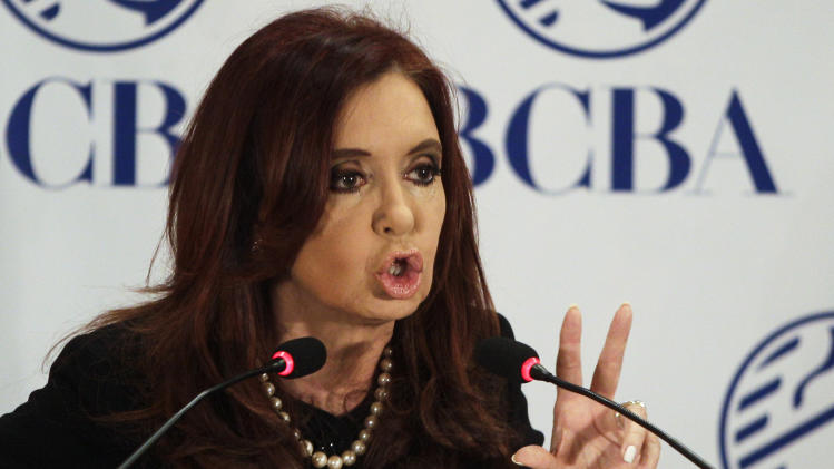Argentine leader challenges critics in US