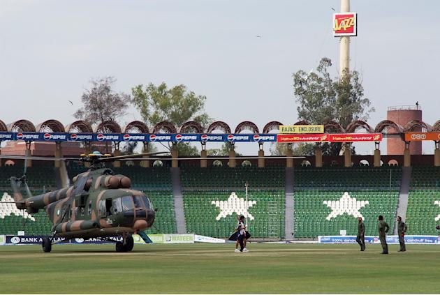 Gunmen Target Sri Lankan Cricket team In Lahore