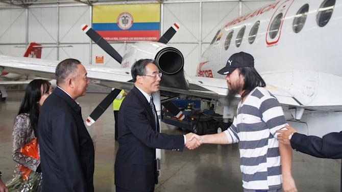 4 Chinese oil workers freed by Colombian rebels