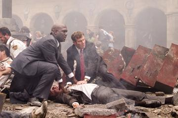 Richard T. Jones and Dennis Quaid in Columbia Pictures' Vantage Point