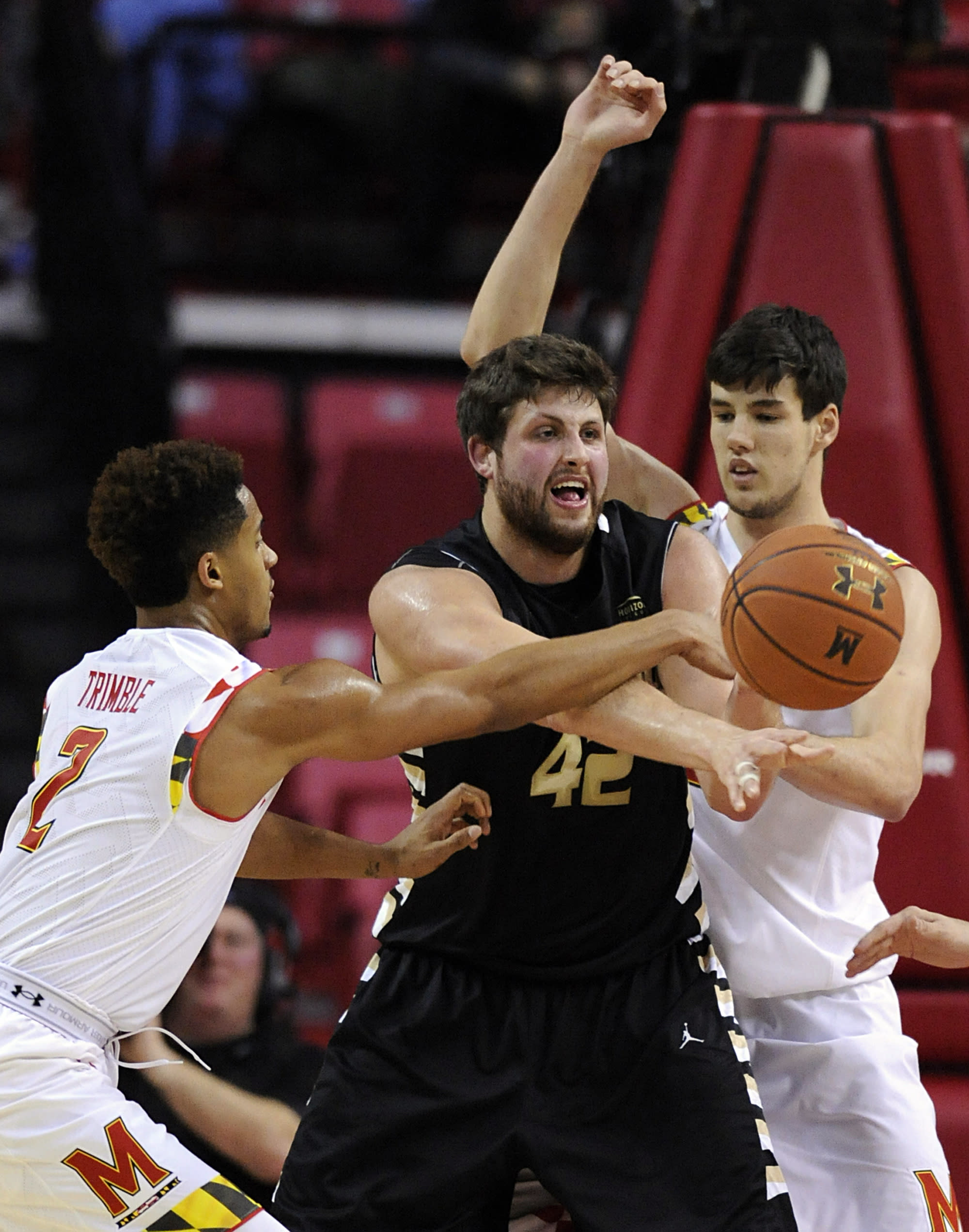 Layman helps No. 15 Maryland win 5th straight