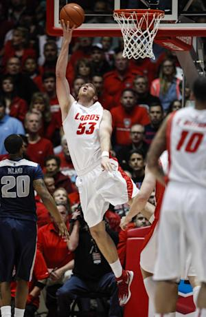 Neal and Kirk help New Mexico beat Utah State