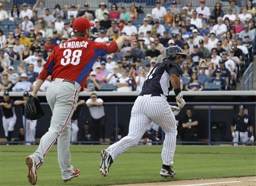Rivera throws perfect 4th in spring training debut