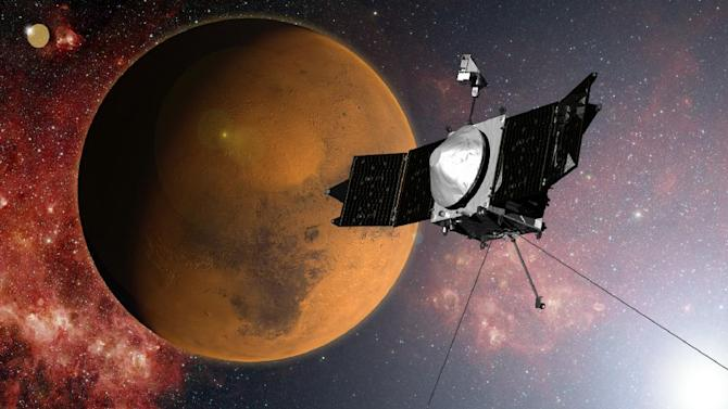 the MAVEN spacecraft approaches Mars