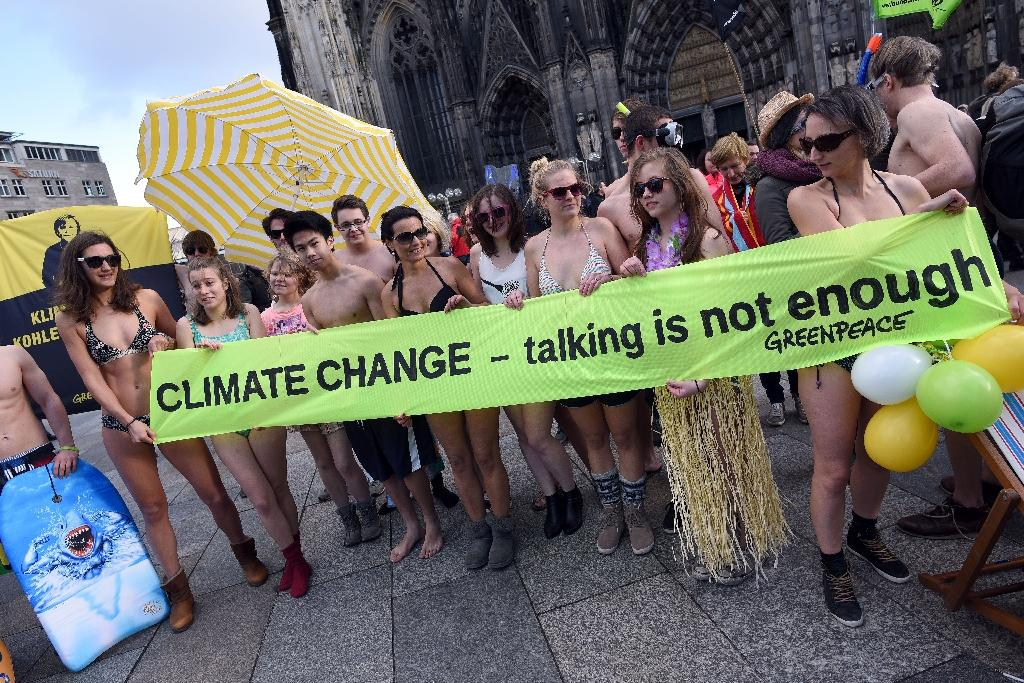 Climate protesters push leaders to avert emissions catastrophe