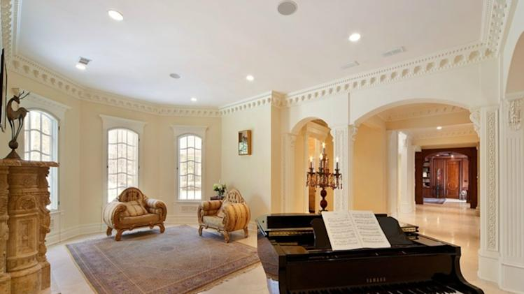 An American 'palace' with a pool at its heart piano room