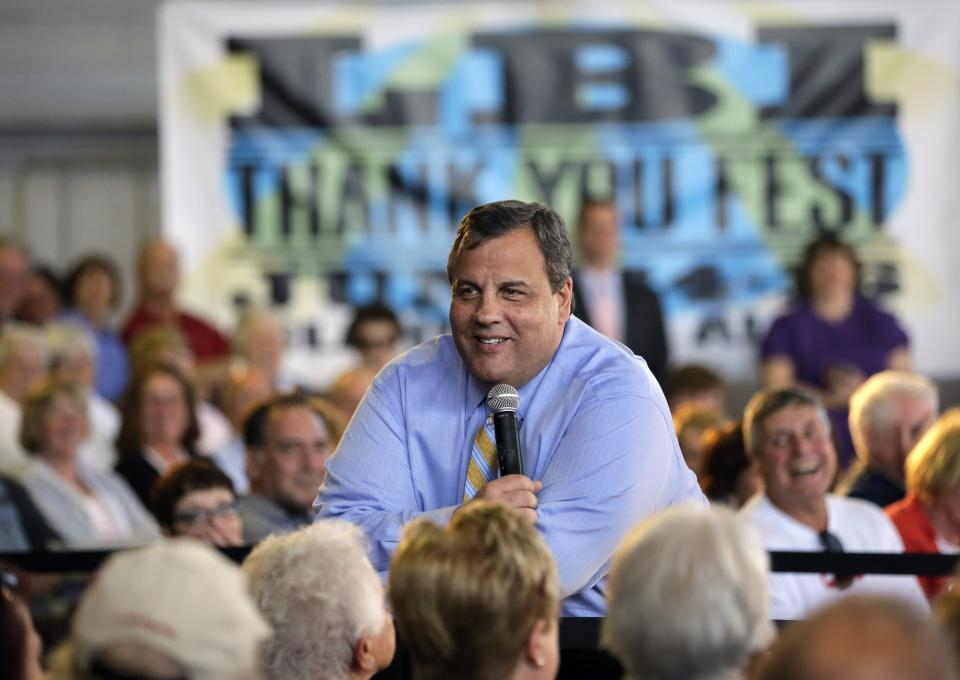 NJ gov. aims salty language at dune opponents