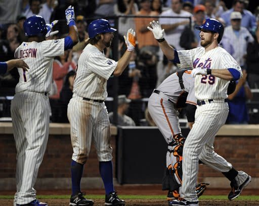 Dickey Ks 13 in latest 1-hitter, Mets beat O's 5-0