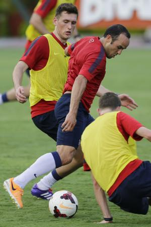 Inexperienced US back line heads to World Cup