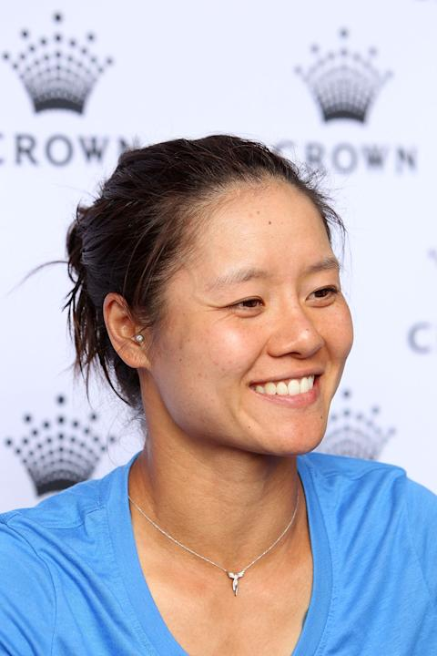 Li Na and Maria Sharapova Visit Tennis Livesite at Crown