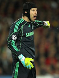 Petr Cech wants Chelsea to tighten up at the back for the game against Manchester United