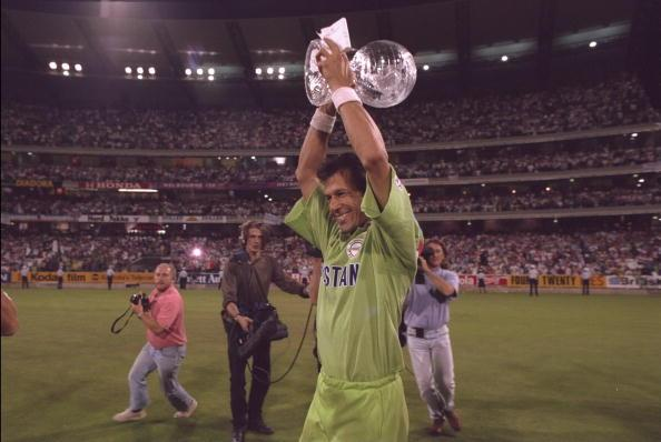 1992:  Imran Khan of Pakistan lifts the World Cup after Pakistan beat England in the final at Melbourne.