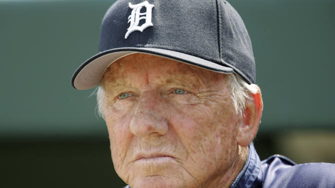 """FILE - In this March 18, 2008, file photo, Detroit Tigers Hall of Famer Al Kaline watches a spring training baseball game between the Tigers and the Washington Nationals in Lakeland, Fla. For only the second time in four decades, baseball writers failed to give any player the 75 percent required for induction to the Hall of Fame on Wednesday, Jan. 9, 2013, sending a powerful signal that stars of the Steroids Era will be held to a different standard. """"I'm kind of glad that nobody got in this year,"""" Kaline said. (AP Photo/Paul Sancya, File)"""