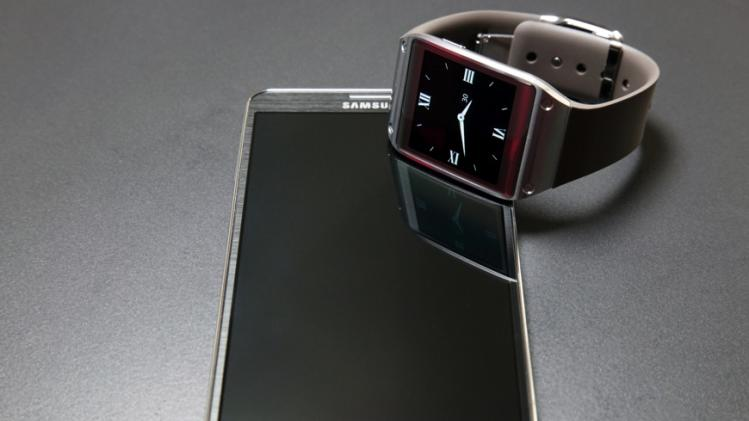 Samsung Galaxy Gear compatibility finally expanding to more phones