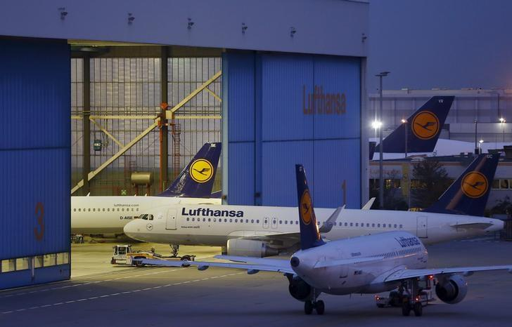 Lufthansa targets Gulf rivals with Mideast premium economy launch