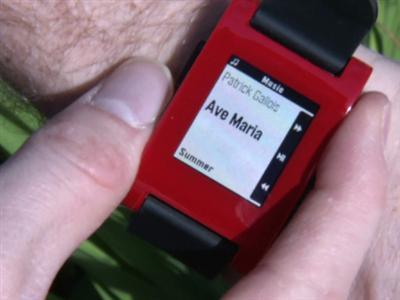 Crowd Funding Champ Launches New Smart Watch