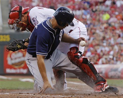 Padres end Reds' 10-game streak with 11-5 win