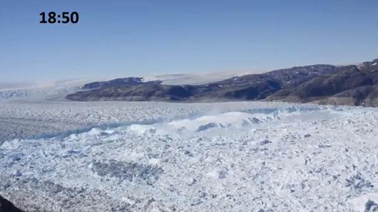 Video Captures Amazing Greenland Glacier Crackup