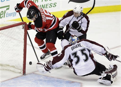 Kovalchuk, Parise lift Devs over Avs in shootout
