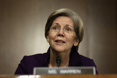 Elizabeth Warren is furious over Obama's proposed trade deal
