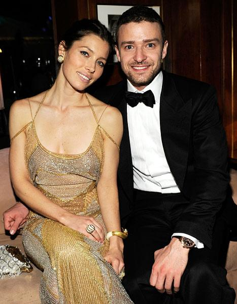"Justin Timberlake Serenaded Jessica Biel as She Walked Down Aisle at Wedding: ""Grown Men Were Weeping"""