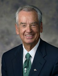 This undated photo provided by Prestonwood shows renowned motivational speaker Zig Ziglar. Ziglar, an author of more than 30 books known for a focus on living a balanced life, died Wedesday, Nov. 28, 2012 at a hospital in the Dallas suburb of Plano, said Jay Hellwig, Ziglar's personal assistant. He was 86. (AP Photo/Prestonwood)