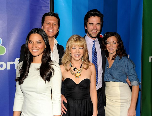 "The cast of ""[ytvshow id=Perfect Couples"" (L-R) Olivia Munn, Hayes MacArthur, Mary Elizabeth Ellis, David Walton, and Christine Woods attend the 2010 NBC Upfront presentation at The Hilton Hotel on Ma"