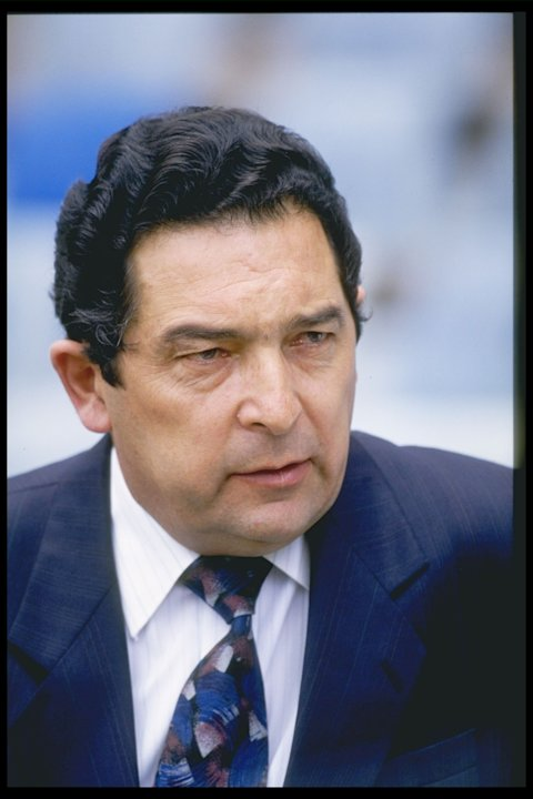 A portrait of Ali Bacher