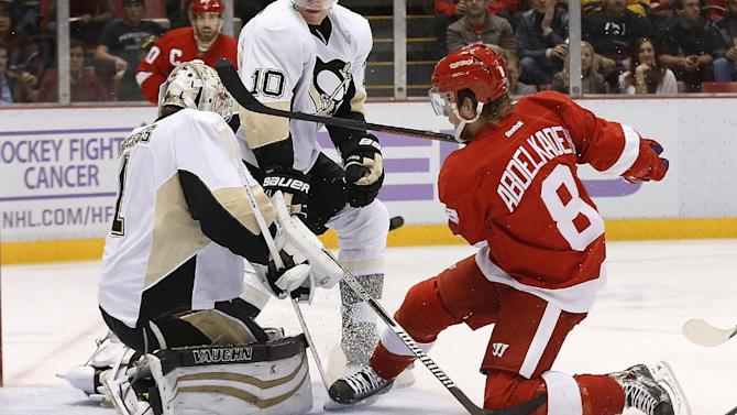Red Wings rally late to top Penguins 4-3 in OT