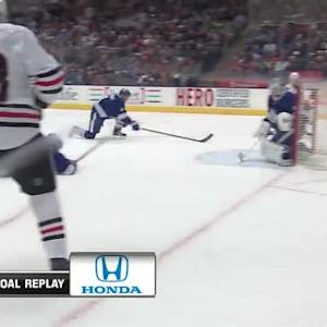 Patrick Kane scores on 5-on-3 power play