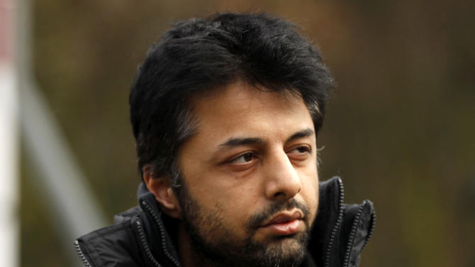 FILE - In this Thursday, Feb. 24, 2011 file photo, Shrien Dewani, the British man accused of having his wife murdered during their honeymoon in South Africa, arrives at Belmarsh Magistrates' Court in London. Murder suspect Shrien Dewani has lost his bid to block his extradition to South Africa, where he's accused of arranging the murder of his new wife, Anni, during a honeymoon trip in 2010. The case has drawn attention in both countries, and has been dragged out by legal wrangling in Britain over whether Dewani is fit to be removed from the country. Dewani denies the charges, and his lawyers argue that he suffers post-traumatic stress and depression and should not be extradited. Britain's High Court on Friday, Jan. 31, 2014, approved Dewani's removal so long as South African authorities could give a guarantee as to how long he would be kept there without trial. The court had been told the South Africans were willing to do so. (AP Photo/Matt Dunham, File)